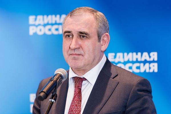 Сергей Неверов не поддержал идею выдвижения экс-губернатора Кемеровской области Амана Тулеева на пост спикера областного парламента