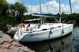 Аренда яхты с капитаном в Киеве