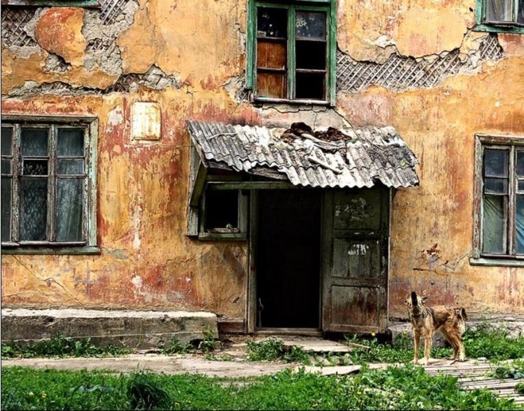 Прокуратура требует снести жилой дом в Смоленске