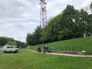 В Смоленске у земляного вала установили забор