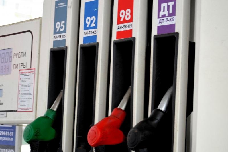 Через несколько месяцев топливо в Смоленске будет стоить дороже 50 рублей?