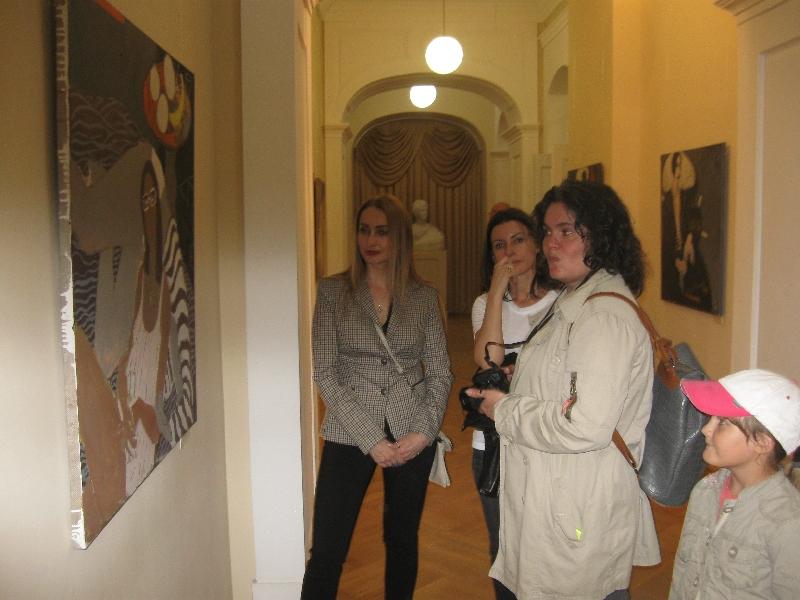 В Смоленске открылась выставка Елены Шумахер