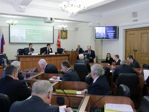 Депутаты Смоленской облдумы отчитались о доходах за 2017 год