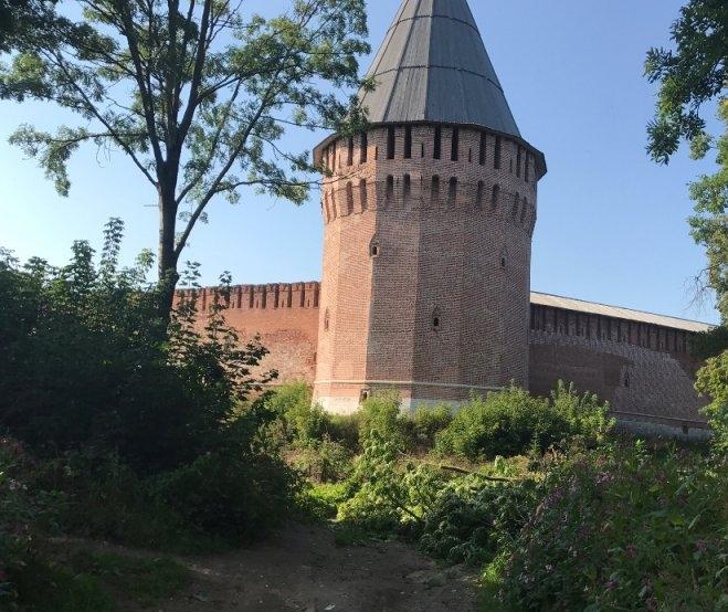 В Смоленске у крепостной стены могут построить ресторан-гостиницу