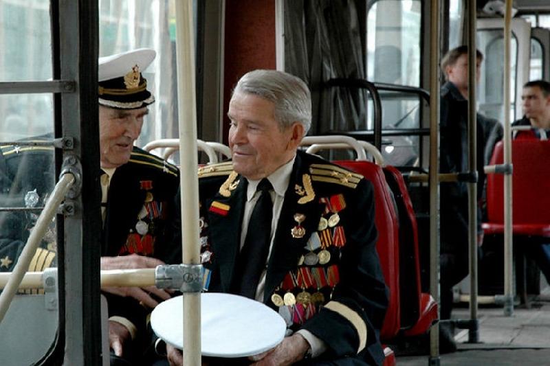 В Смоленске в День Победы проезд в муниципальном транспорте для ветеранов будет бесплатным
