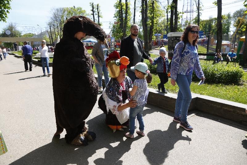 В Лопатинском саду прошла выставка событийного туризма «Смоленское лето»
