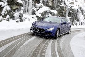 Специфика управления автомобилем в зимнее время