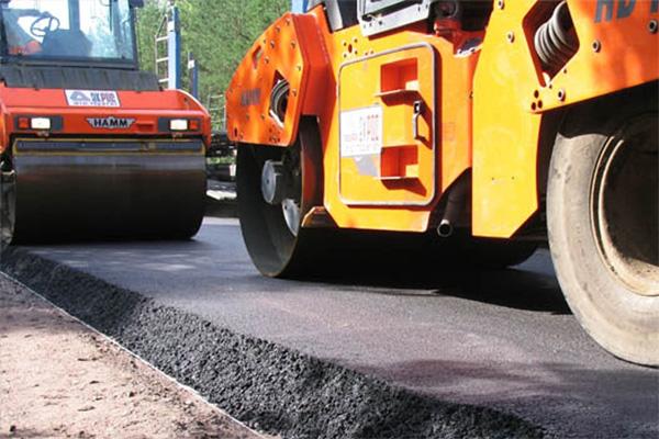 Более 178 млн рублей потратят на дороги в Смоленске