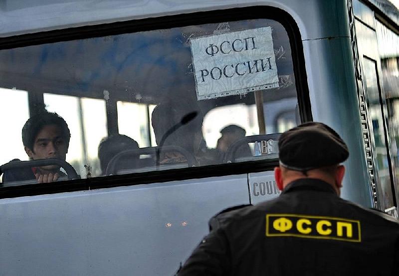 Из Смоленской области выслали шестерых нелегалов