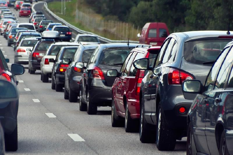 На трассе М1 на границе России и Белоруссии образовалась 15-километровая пробка