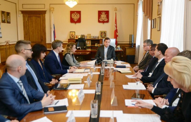 Губернатор раскритиковал главу Смоленска за низкий темп подготовки объектов ЖКХ к зиме