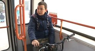 «Так нельзя!» В райцентре Смоленской области кондуктор выгнала ребенка из автобуса
