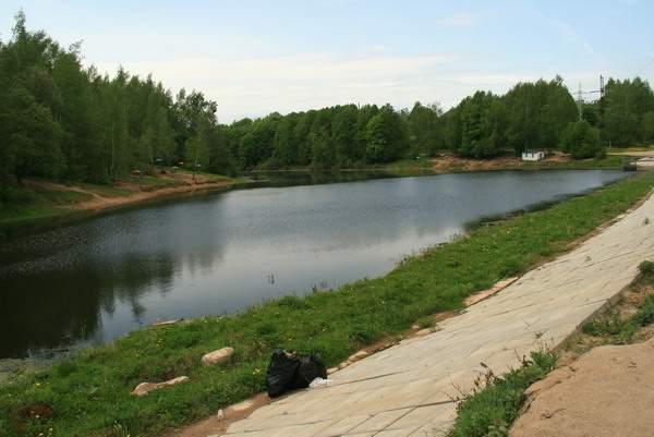 В Смоленске в Реадовском озере отремонтируют ГТС