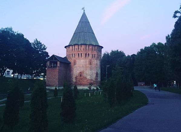 Смолян приглашают на бесплатные экскурсии в музей «Башня Громовая»