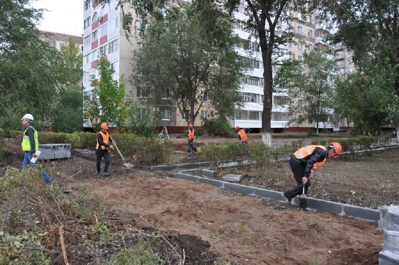 В Смоленске в трех из 16 дворов до сих пор не началось благоустройство