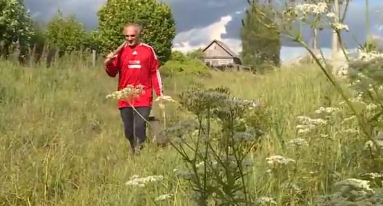 «Без дорог, магазинов, поликлиник…» Смоленские пенсионеры остались одни в деревне