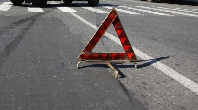 В Смоленске возле Пятницкого путепровода пешеход попал под колеса иномарки
