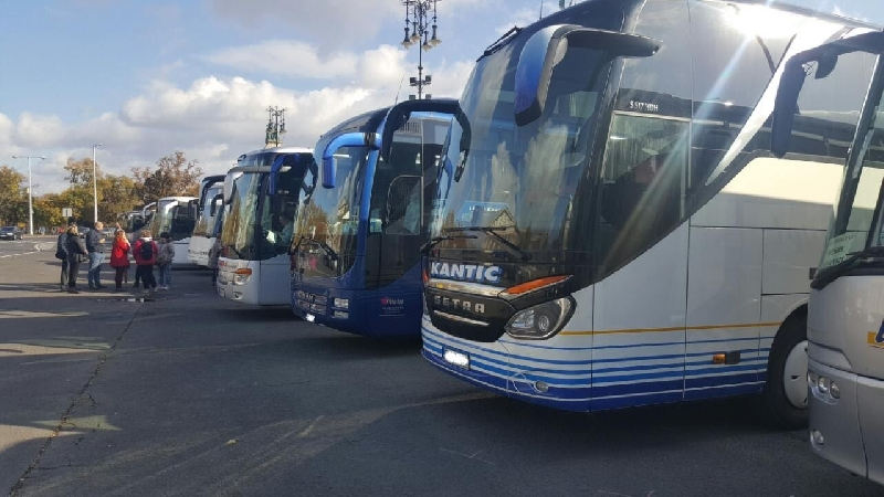 Смоляне смогут доехать до Киева на автобусе