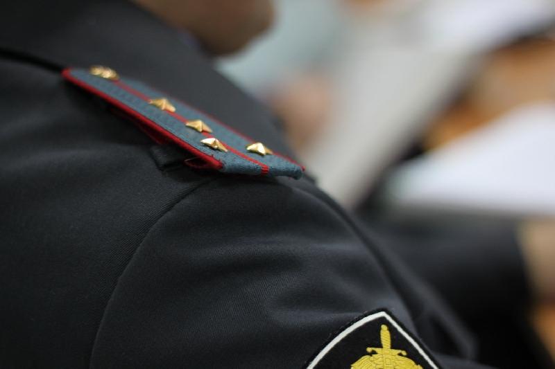 Смолянке, оскорбившей и ударившей полицейского, грозит пять лет колонии