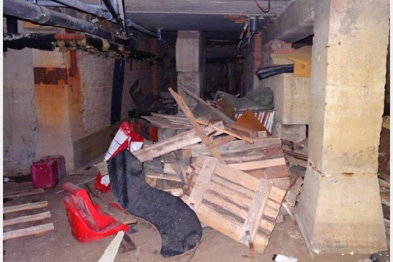 В Смоленске освобождают от хлама подвалы и чердаки многоэтажек