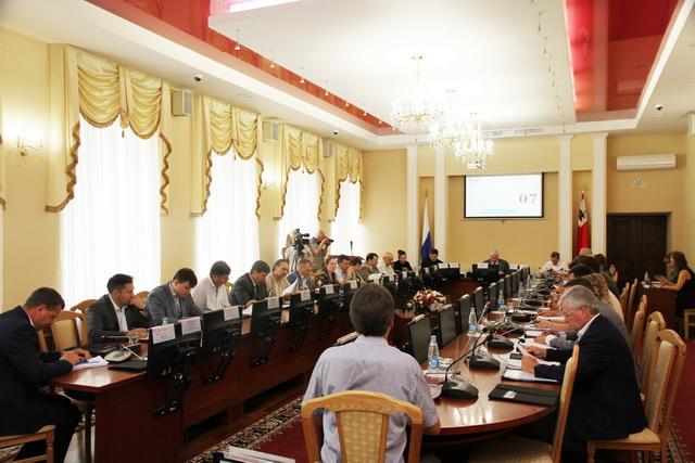 Смоленские депутаты не смогли выбрать нового Почетного гражданина