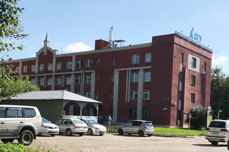 «Идеально использовать под гостиницу». В Смоленске выставили на продажу здание СГУ