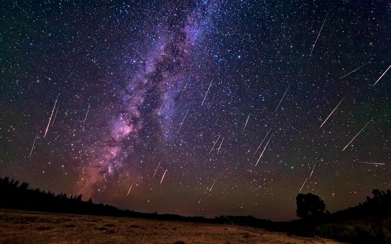 Смоляне увидят самый красивый метеоритный дождь