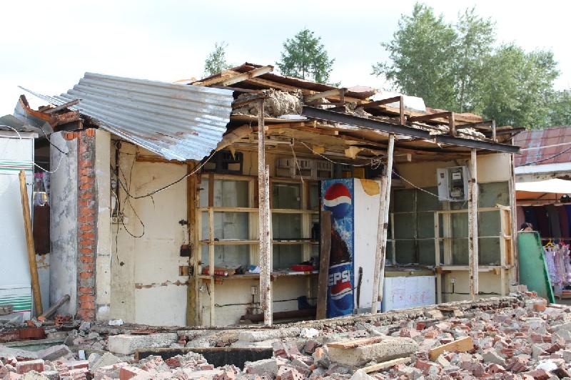 В Смоленске снесут два самовольно установленных ларька