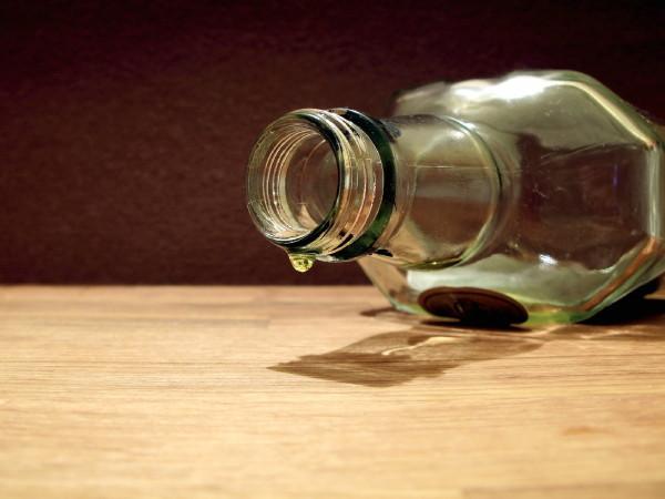 В Смоленске пойдет под суд торговец алкоголем, от употребления которого скончались две женщины