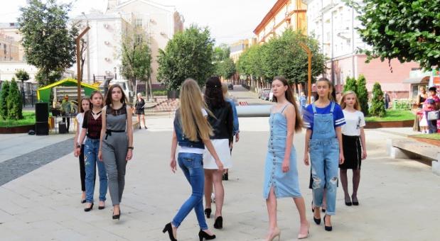 В Смоленске отметили Международный день красоты