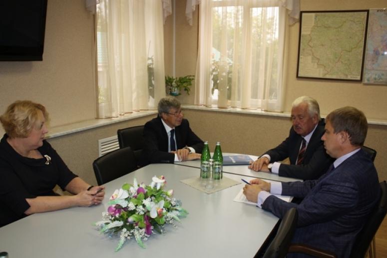 Президент Смоленской торгово-промышленной палаты провел переговоры с руководством АО «Экспоцентр»