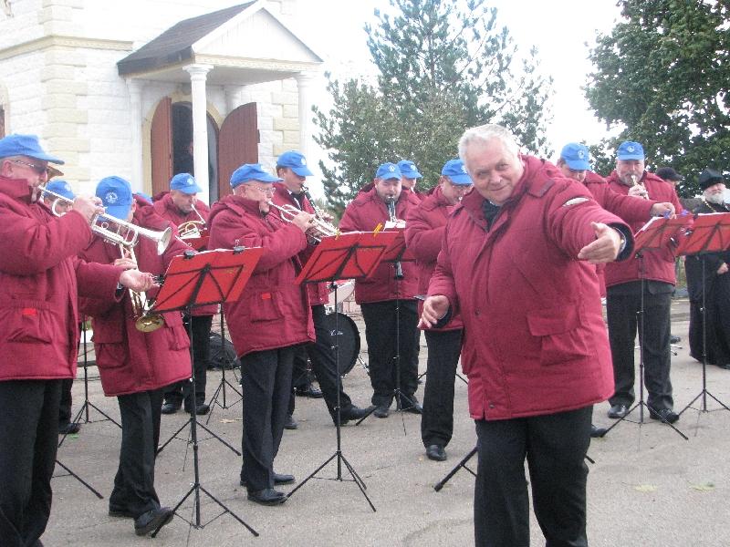 В Вязьме выступили артисты проекта «Бессмертный Оркестр»