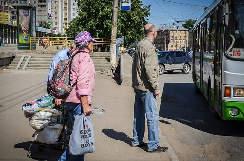 В Смоленске отменяют дачные автобусы