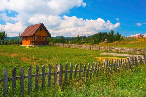Специалисты подсчитали, как сильно изменились цены на дачи в Смоленской области