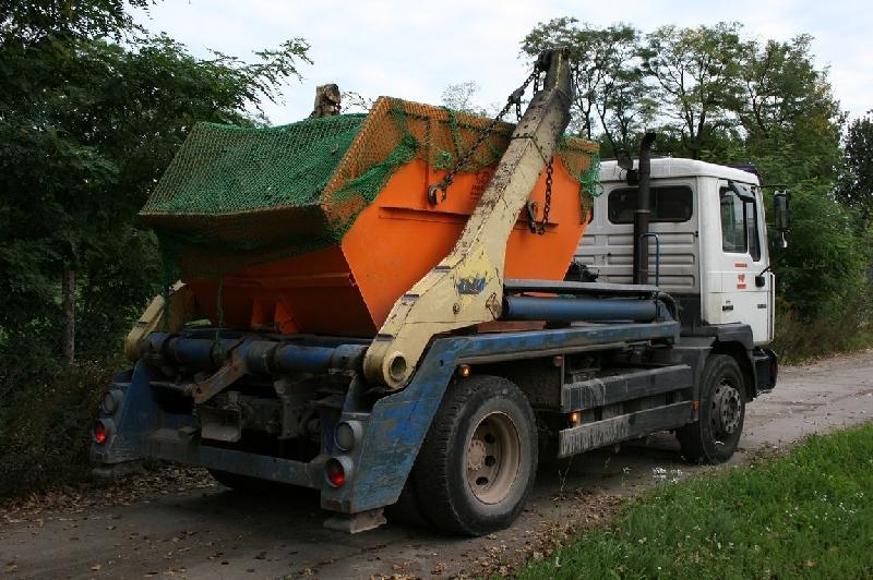 В Смоленской области усилят контроль за вывозом мусора
