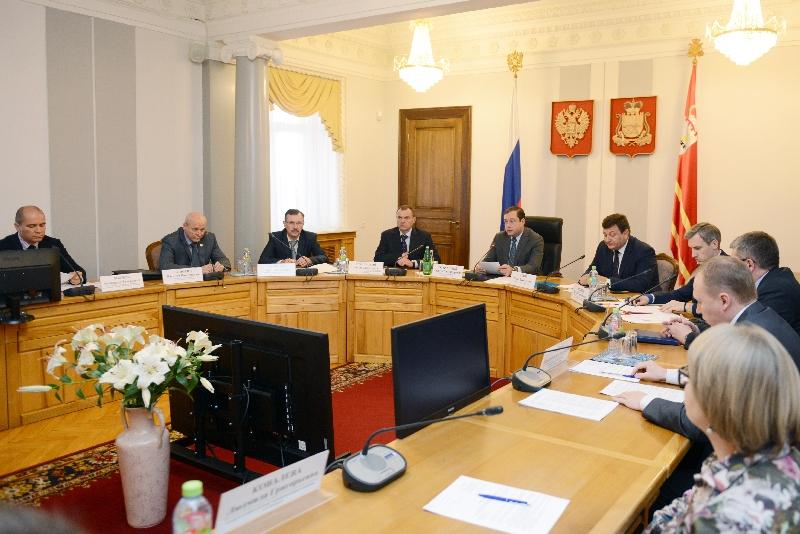 В Смоленской области будут наказывать директоров школ за курение учеников на территории учебных заведений