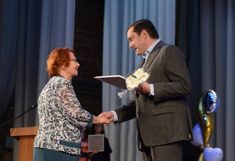 Губернатор поздравил смоленских инвалидов с праздником