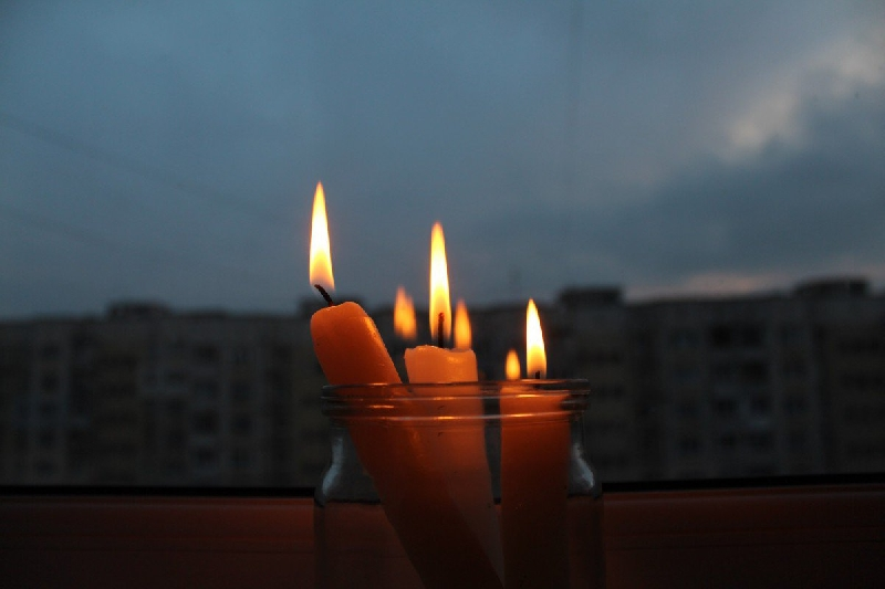В Смоленске из-за короткого замыкания без света остался целый микрорайон