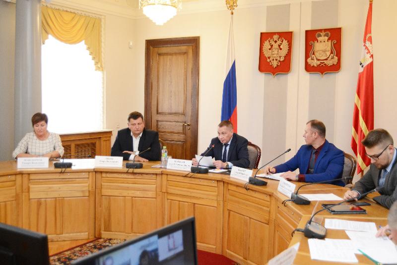 В Смоленской области назвали лидеров и аутсайдеров по «Формированию комфортной городской среды»