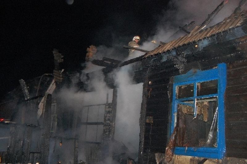 «Нашли тело в заброшенной квартире». В Смоленске при пожаре погиб мужчина
