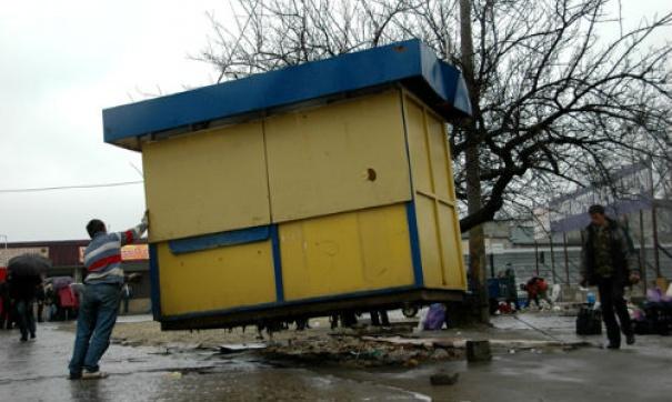В Смоленске улицу освободят от ларьков