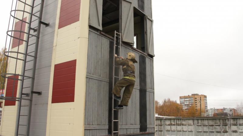В Смоленской области стал известен победитель конкурса «Лучший пожарный»