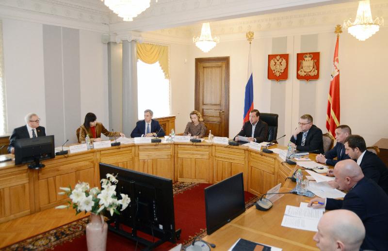 Смоленские чиновники обсудили готовность объектов ЖКХ к зиме