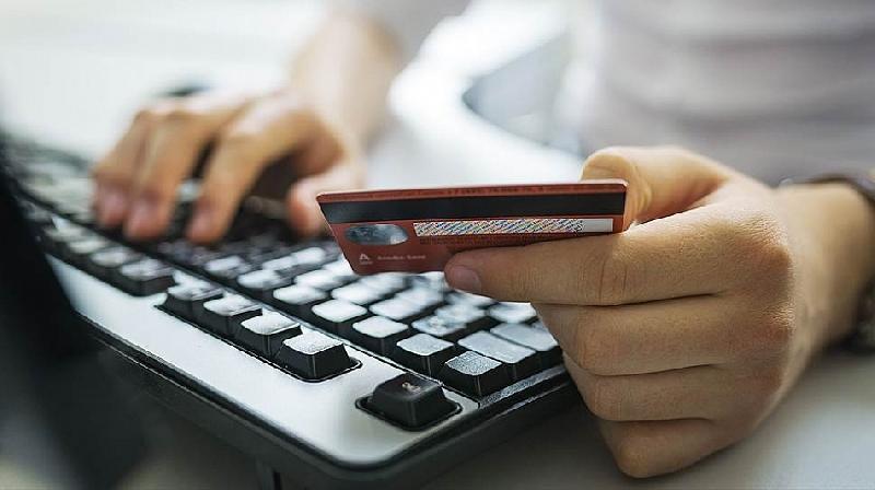 Смолянин лишился денег, пытаясь купить программу для заработка в интернете