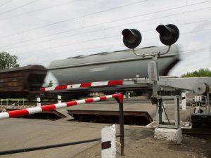 Железнодорожные переезды Смоленской области проверили на готовность к работе зимой