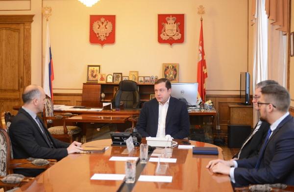 Алексей Островский провел рабочую встречу с новоизбранным главой Краснинского района
