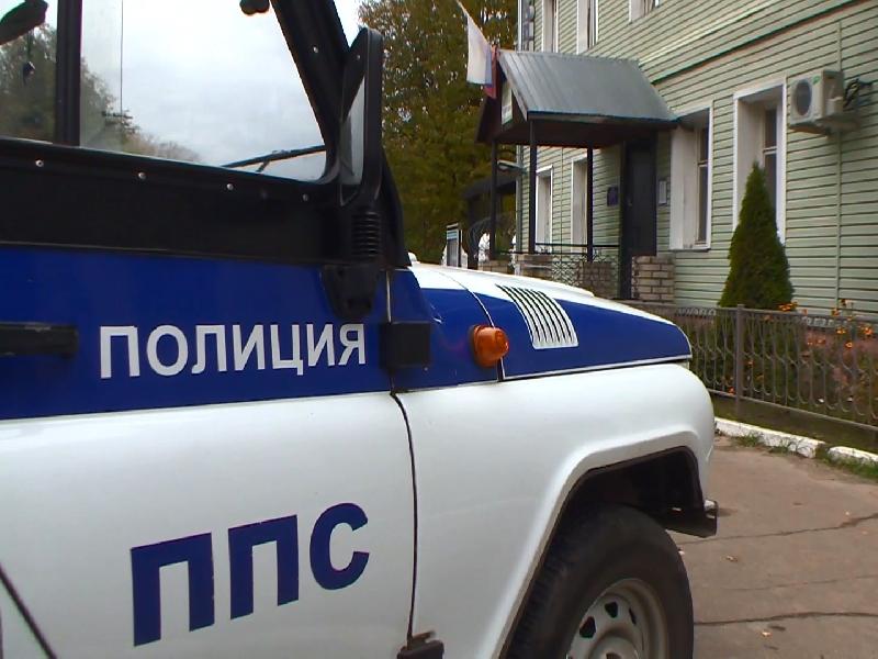 В Смоленске из-за женщины пришлось перекрывать улицу