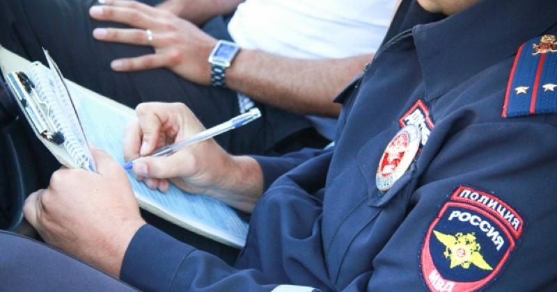 «Давай договоримся?». В Смоленской области задержали водителя, пытавшегося откупиться от полицейских