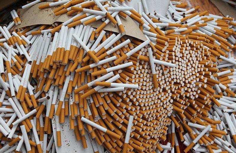 В Смоленске полицейские изъяли партию поддельных сигарет стоимостью около миллиона рублей