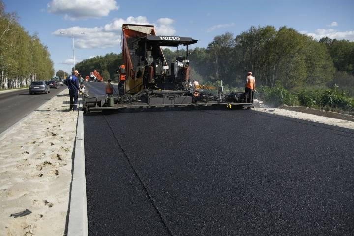 Смоленская область получит 16,9 млрд. рублей на дороги